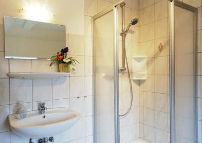 Zimmer 6: Badezimmer