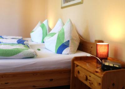 Zimmer 5: Gemütliches Doppelbett