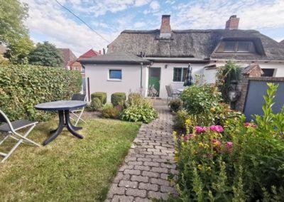 Der kleine Garten ist ausschließlich den Gästen des Ferienhauses vorbehalten.